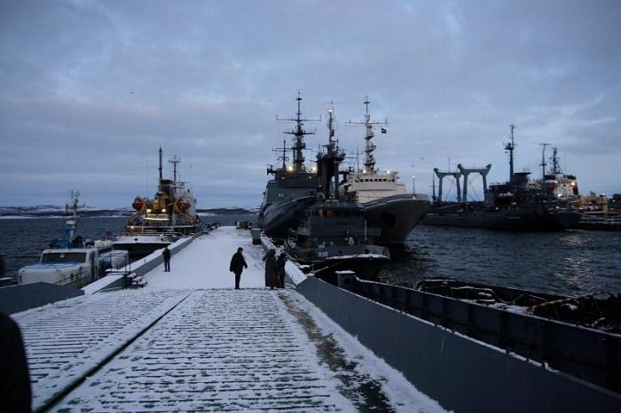 Naval Base Northern Fleet (Поля́рный :Polyarny) - Polyarny