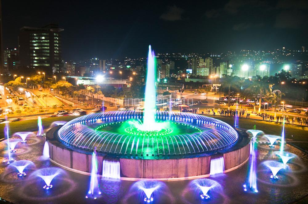 Resultado de imagen para plaza venezuela