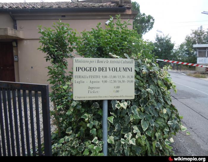 Ponte San Giovanni Italy  city images : Grab, Grabmal , archäologisches Gelände , Sehenswürdigkeit