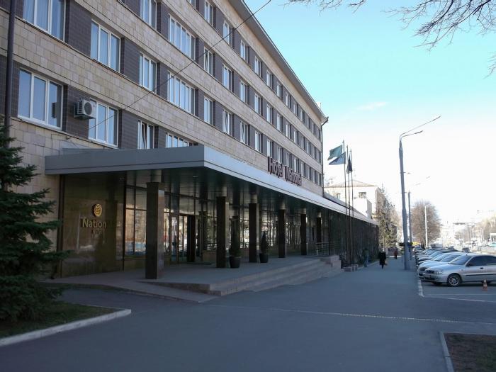Обыски в неофициальной резиденции Кернеса гостинице