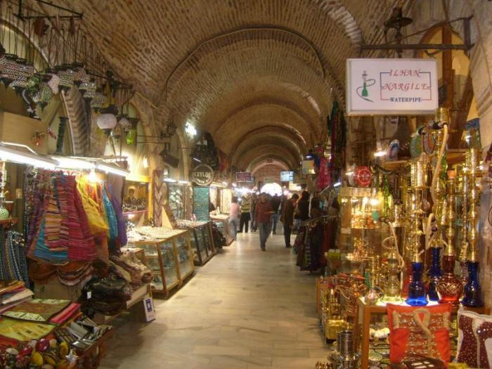 Kemeraltı Bazaar - İzmir