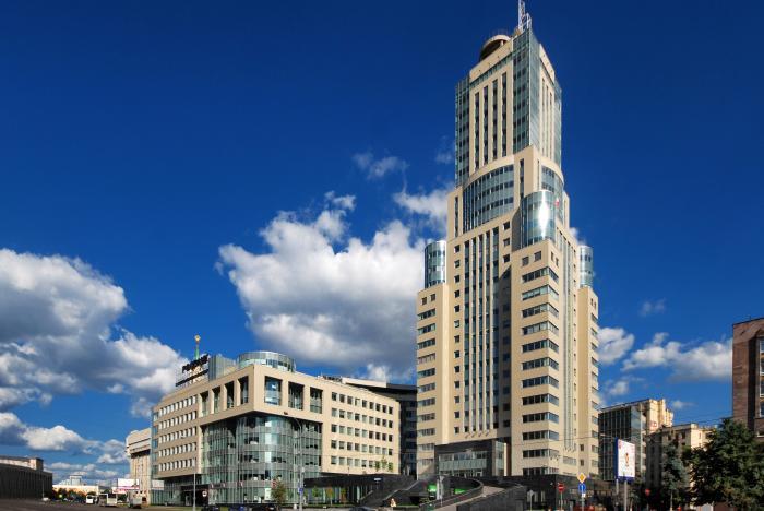 административно-офисное здание ...: wikimapia.org/8577622/ru/Бизнес-центр-«Домников»