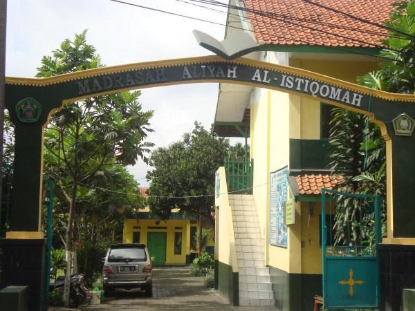 MA AL-ISTIQOMAH (ISLAMIC SENIOR HIGHT SCHOOL) - Bandung