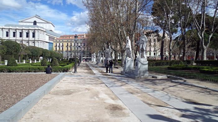 Jardines de lepanto madrid for Calle jardines madrid