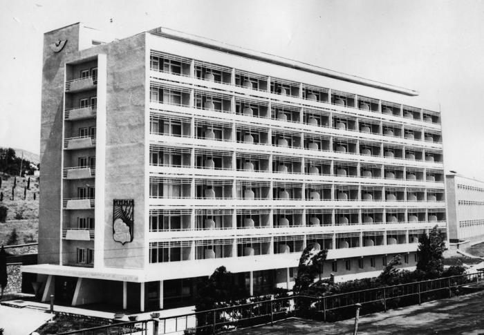 квартиру санатории судака до 1950 г медицина начинает