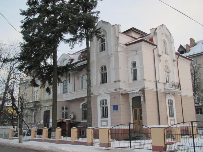 Ивано-франковск,р-нбам,довженко александра улица