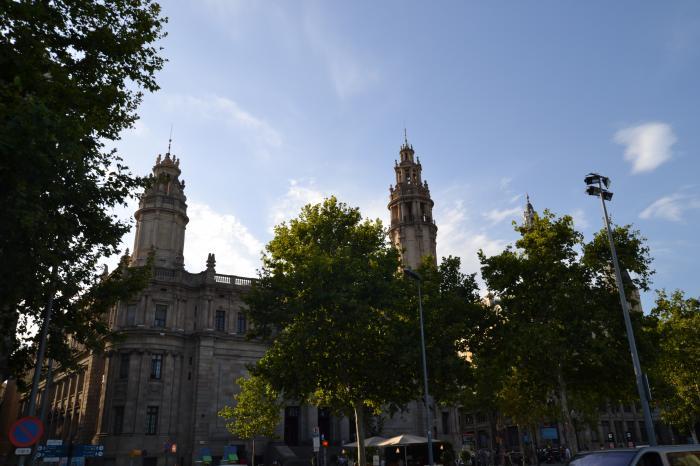 Correus oficina central de barcelona barcelona for Oficina correos barcelona