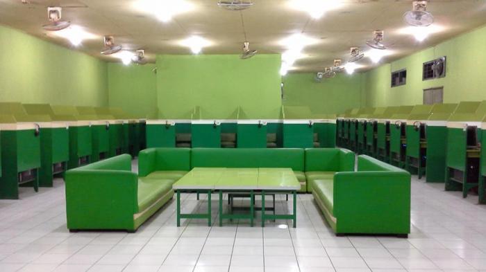 majesty inter  cafe   denpasar