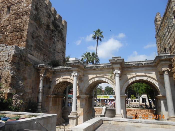 Hadrians Gate - Antalya