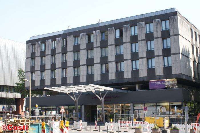 Mondial Hotel Koln