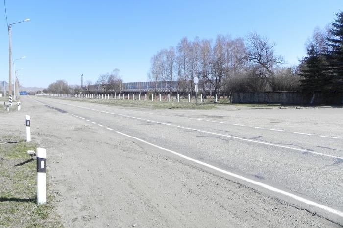 На въезде в станицу Зеленчукскую столкнулись «Ока» и гуляющая лошадь