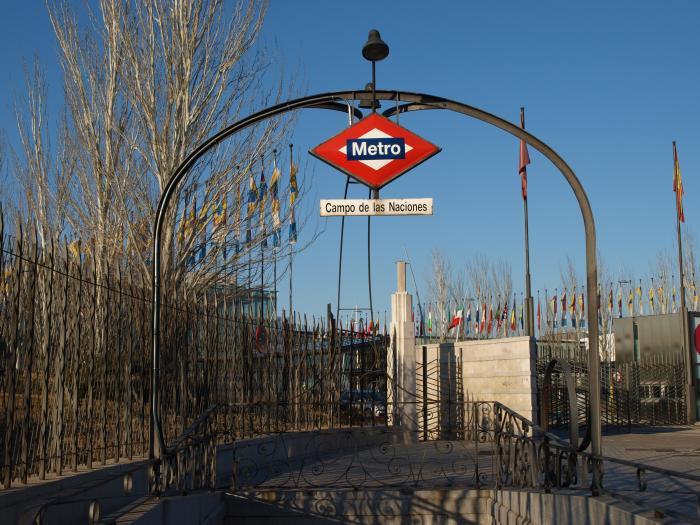 campo de las naciones estacion de metro l8 madrid