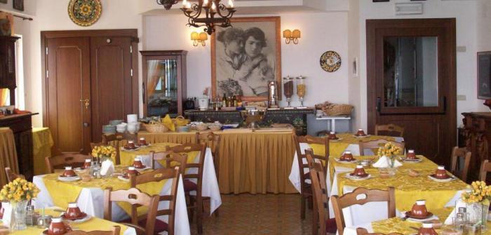 Hotel la riva 3 - Hotel la riva giardini naxos ...