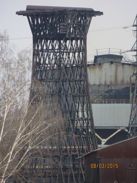 Водонапорная башня на опоре из уголка
