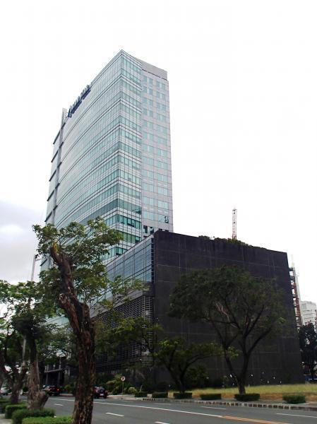 if (!inwiki && isMobileDevice){ document.write('   (adsbygoogle = window.adsbygoogle || []).push({}); ');}                          Asian Star Building (Muntinlupa)