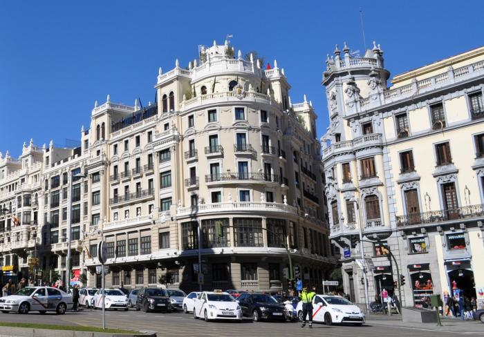 describe madrid city Time out's essential guide to madrid with kids offers 20 top suggestions to keep the whole family happy and getting the most out of the capital city.