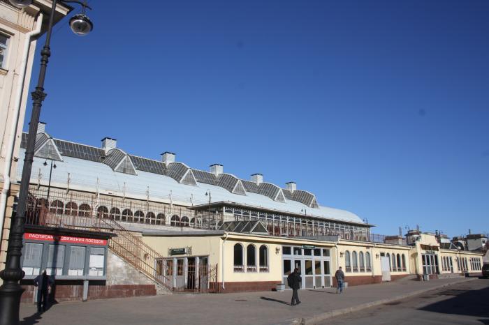 Сколько вокзалов в москве, как называются?