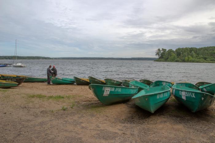 покататься на лодке волгоград