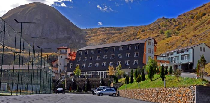 Hotel Arxhena Resort  Brod Prizren Kosovo