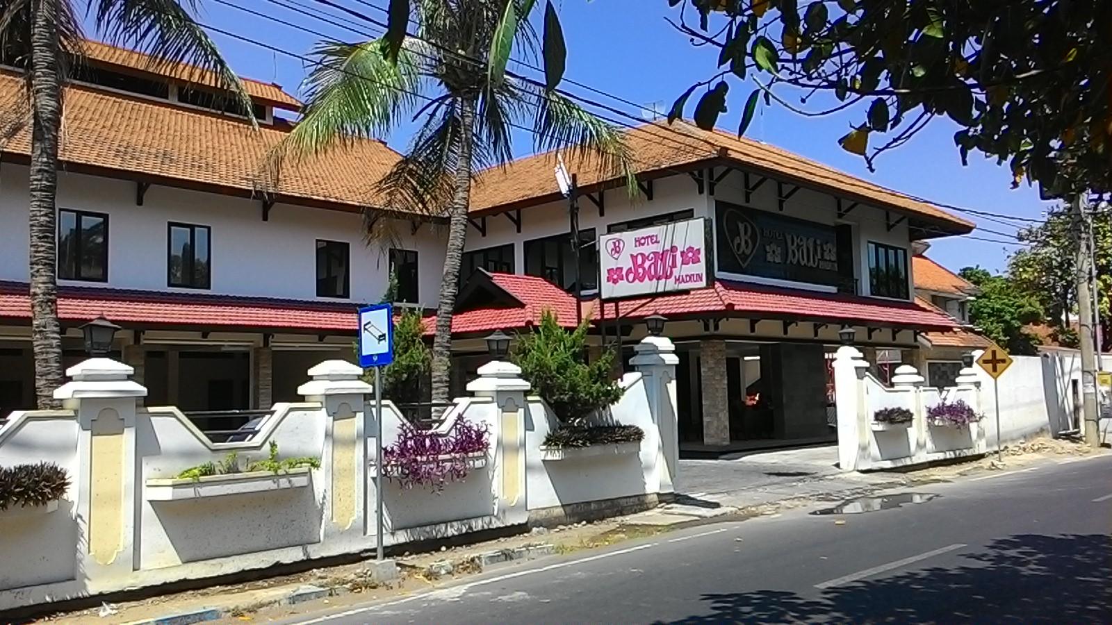 hotel bali kota madya madiun rh wikimapia org hotel bintang 3 di madiun jawa timur nama hotel di madiun jawa timur