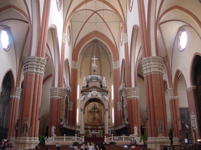 Interno Della Chiesa Di San Petronio Bologna Chiesa