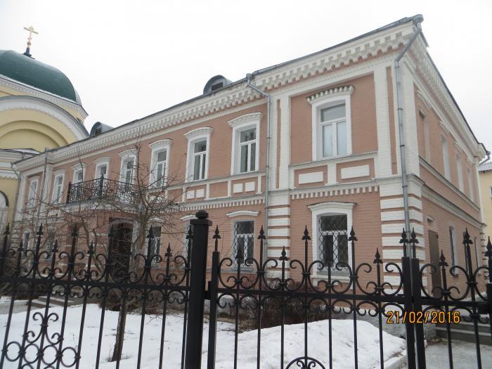 Льва Толстого — Обзор: http://imeni-lva-tolstogo.wikimapia.org/