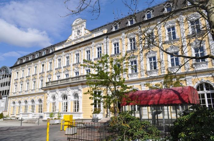 park hotel maximilian regensburg regensburg. Black Bedroom Furniture Sets. Home Design Ideas
