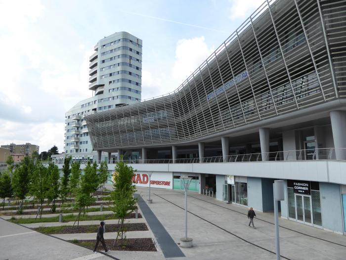 Centro Commerciale Futura