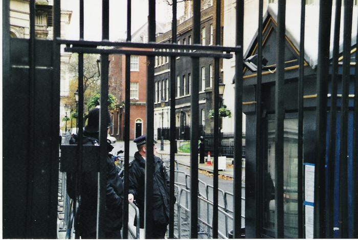 10 downing street whitehall london londres. Black Bedroom Furniture Sets. Home Design Ideas