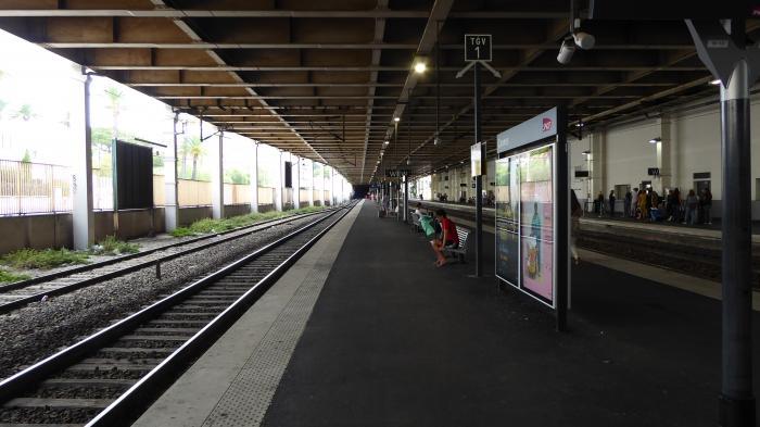 métro cannes la bocca