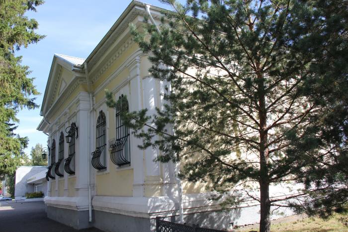 Бывшее здание лютеранской кирхи во имя Святой Екатерины - Омск