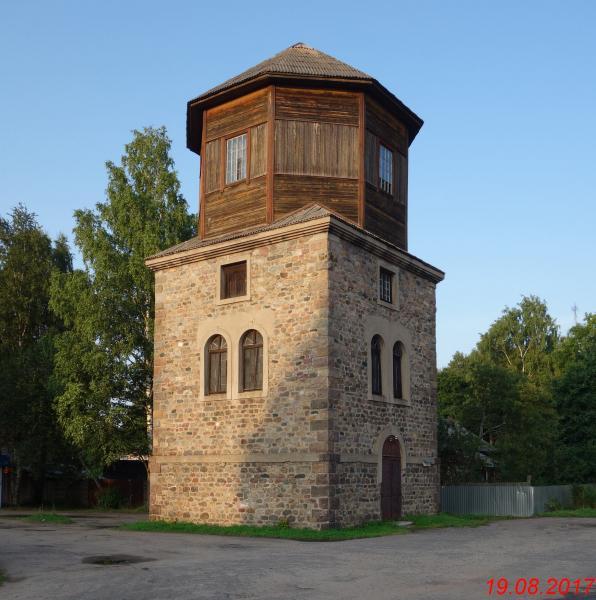 Пестово водонапорная башня