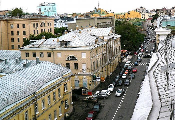 Адрес посольства Испании в Москве.