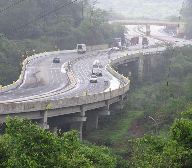 Tourist Places To Visit In Pune: Mumbai Pune Expressway(Original