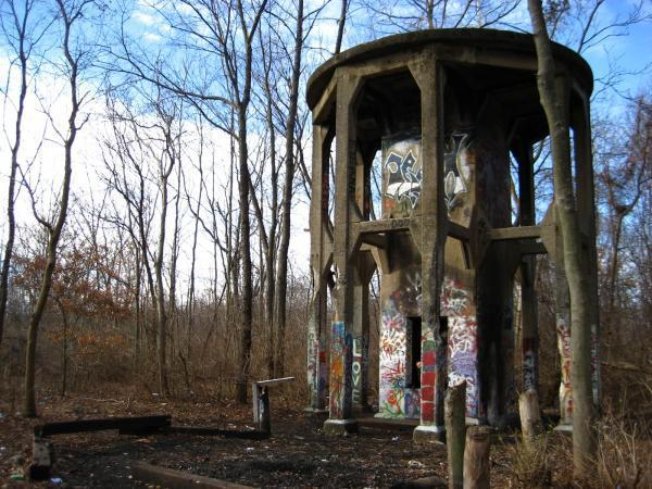 Abandoned Erie Rail Yard Water Tower - Kent, Ohio | production