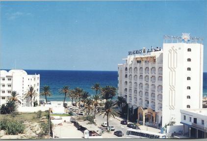 Hotel Dreams Beach English