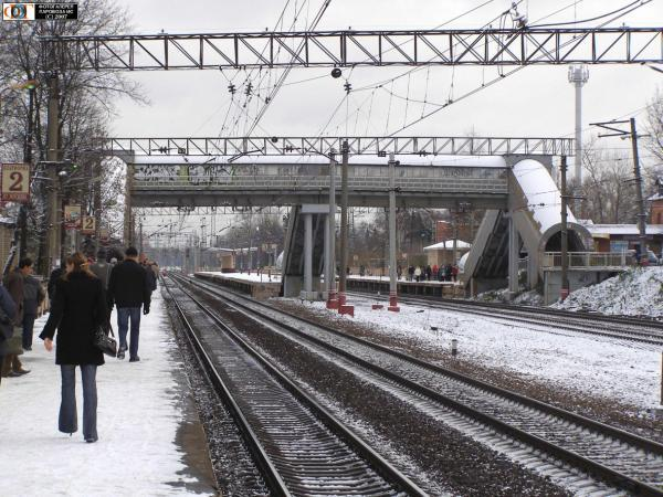 Парня заставила фото поезд из района химки днепре