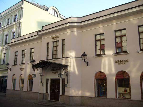 088d0962eb5c Бутик Hermes - Москва | магазин одежды, строение 2002 года, нежилое ...