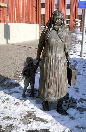 A Farewell – monument to German refugees of Klaipėda Region