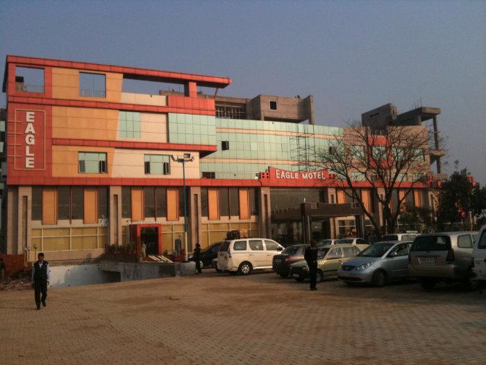 Hotel Eagle Motel Rajpura