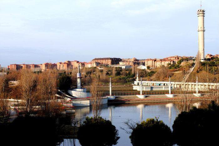 Lago Del Parque Central Tres Cantos