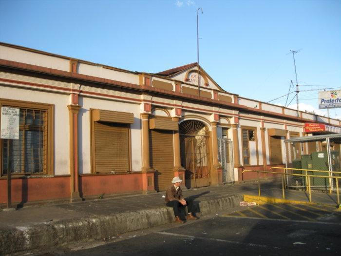 Resultado de imagen de Mercado Municipal de Heredia