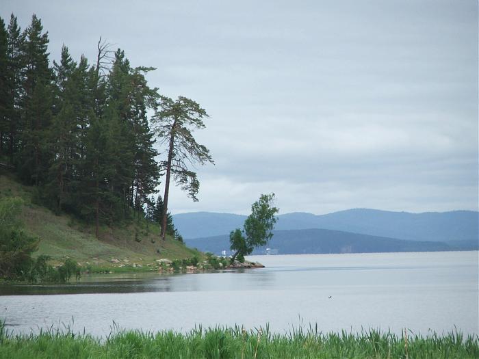 Почему в Бурятии болеет озеро Котокель, рыба из которого смертельно опасна