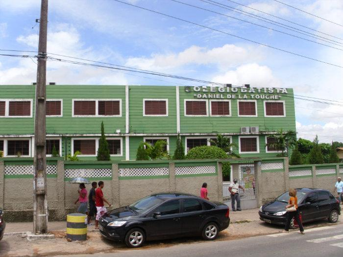 Colégio Batista Daniel de La Touche - Kamaleao.com
