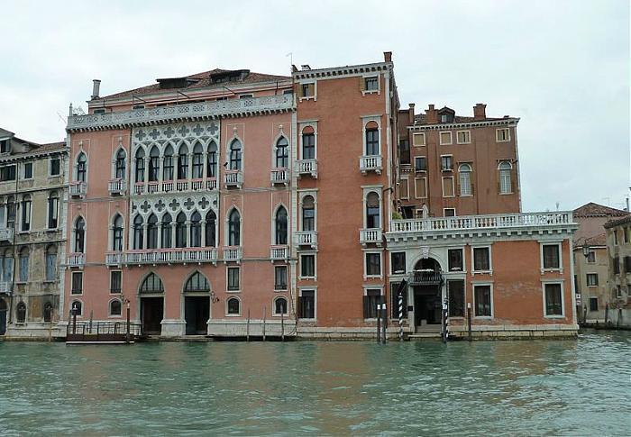 Palazzo Barbarigo Della Terrazza De Bernardino Contini