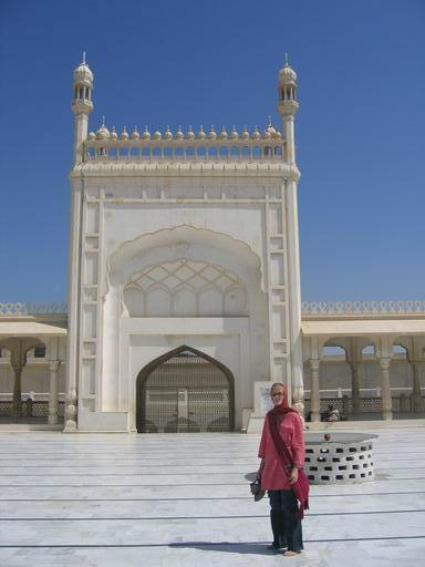 Al-Sadiq Mosque, Bahawalpur