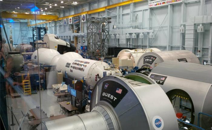 johnson space center home nasa - 700×430