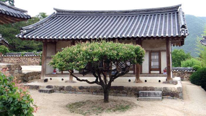 Byeongsan Seowon Dongjae